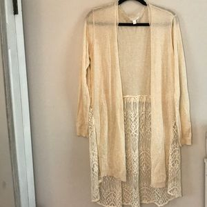 CREAM AND LACE LONG SLEEVE CARDIGAN